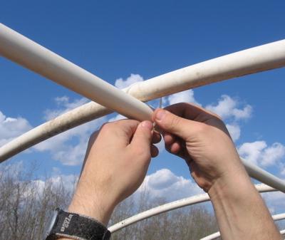 Можно ли использовать ПВХ трубы в качестве каркаса для теплицы?