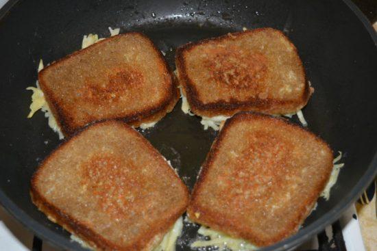 Бутерброды начинкорй вниз