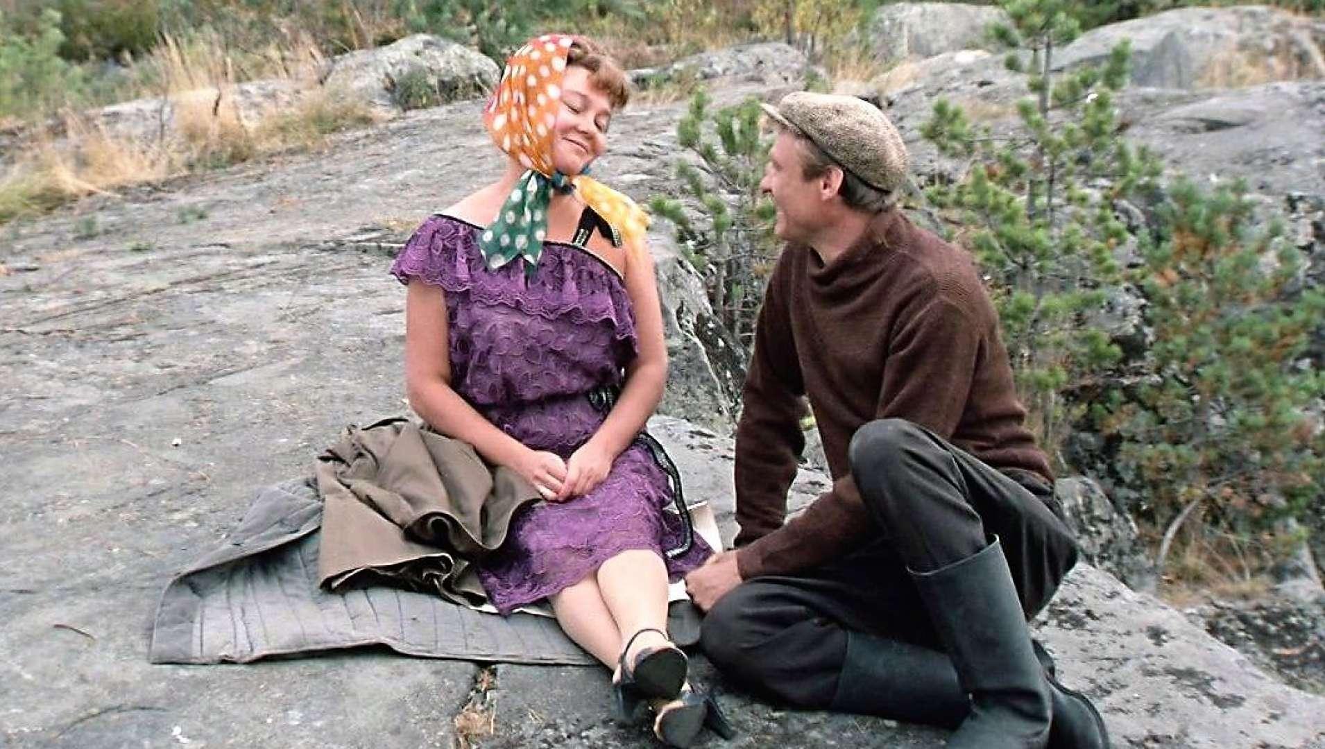 Тест для ценителей: сможете угадать советские фильмы про любовь и деревню по 1 кадру?