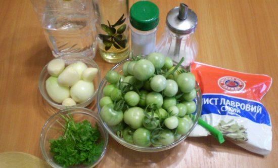 Продукты для приготовления зелёных помидоров на зиму