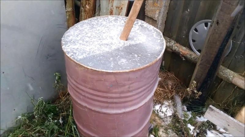 Как подготовить баки и бочки к зиме, чтобы не ржавели и не треснули