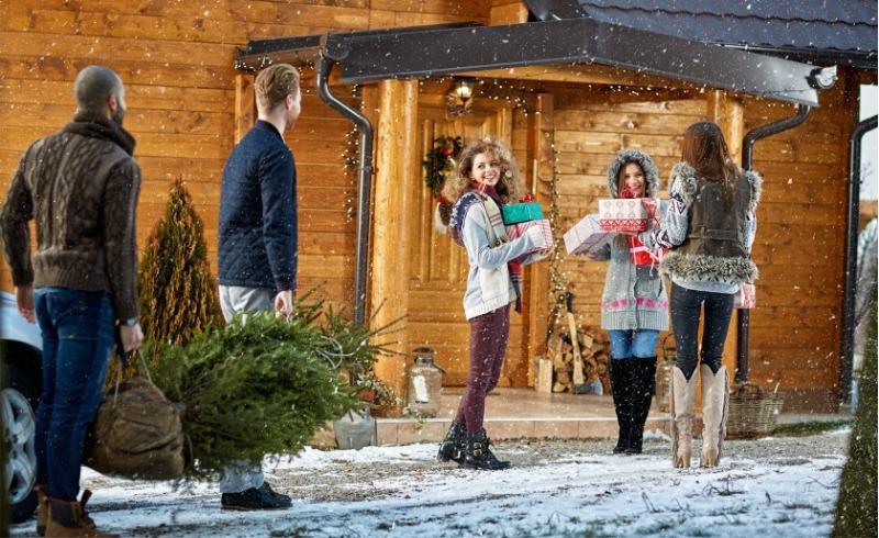 Новый год на даче: 8 правил подготовки к празднику, о которых многие забывают